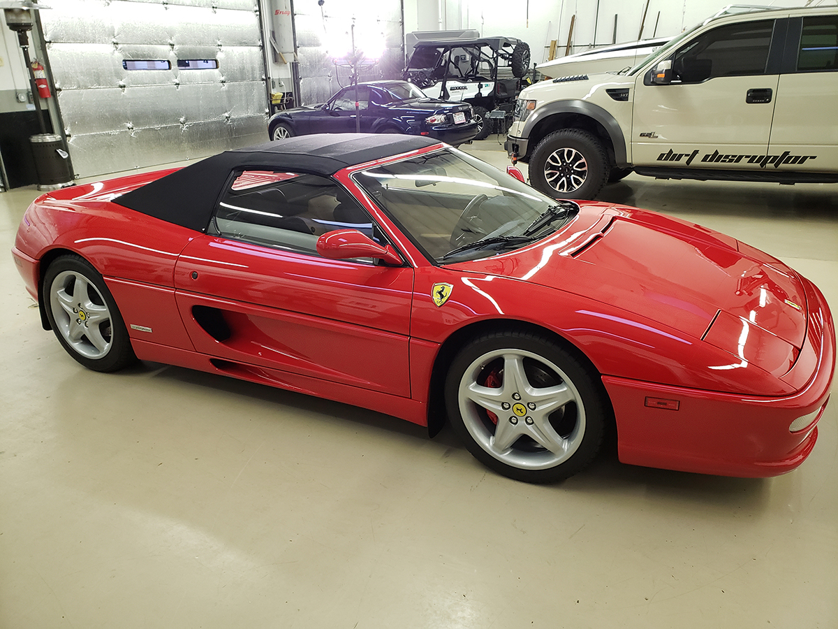 Ferrari 355 F1 Spider Red - Tom W