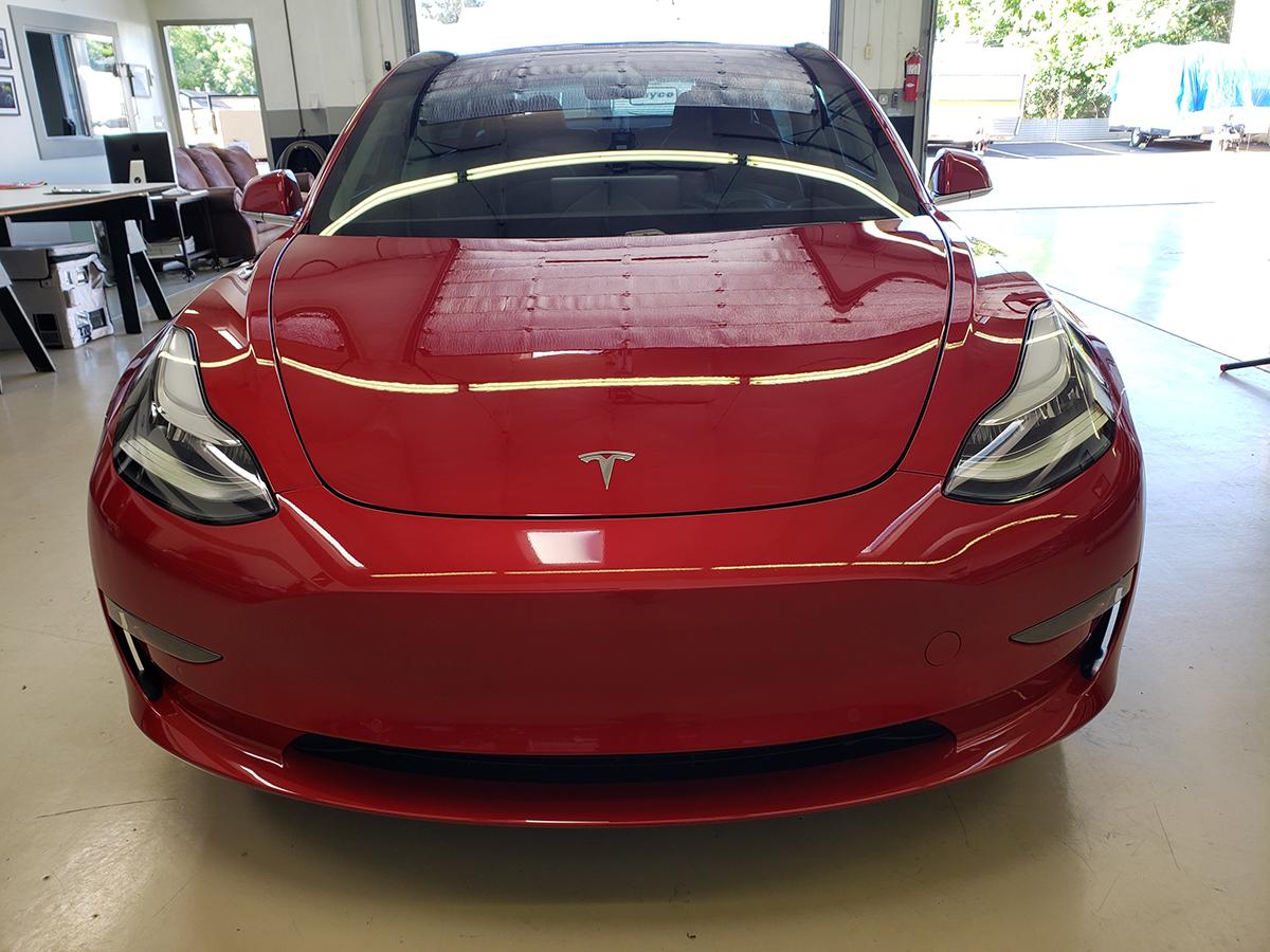 Tesla Model 3 Red - Nelson G